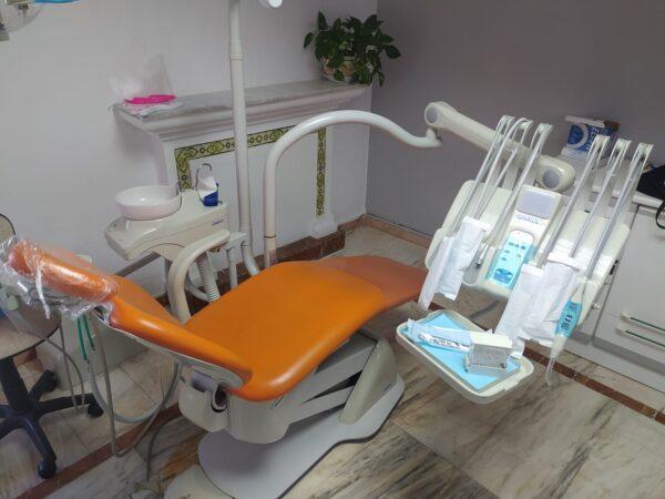 Sillon dental GNATUS Usado